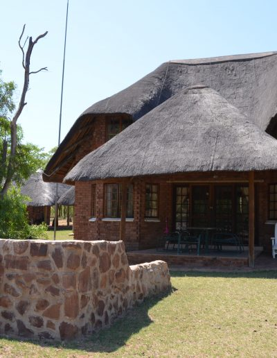 Ho Thabela Thatched Chalet